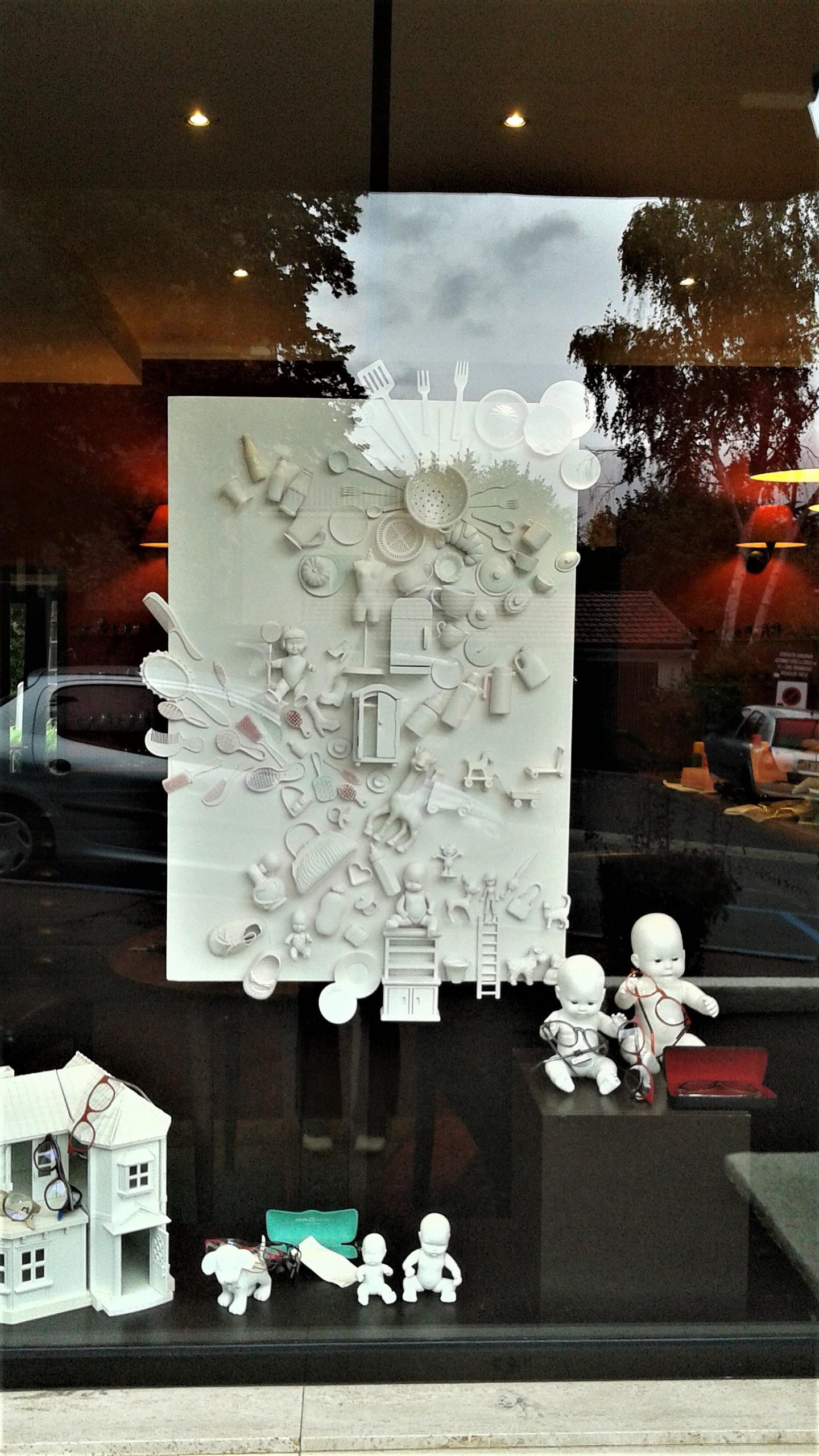 Vitrine-la-decotheque-theme-animaux-plastiques-5