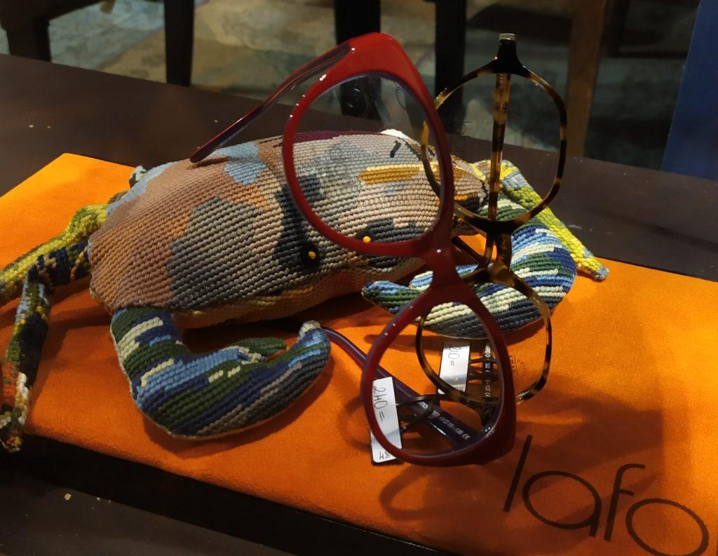 vitrine-la-decotheque-crabe-tapisserie-Catherine-Cardin